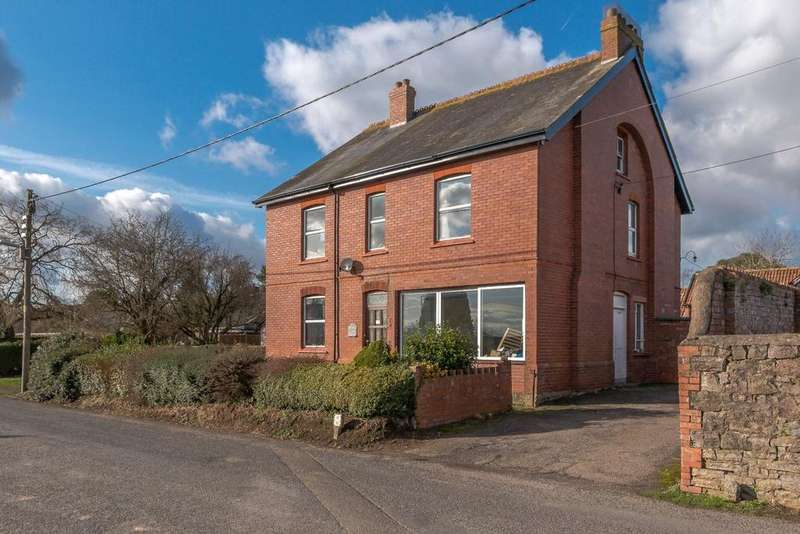 5 Bedrooms Detached House for sale in Willand Old Village, Willand, Cullompton, Devon