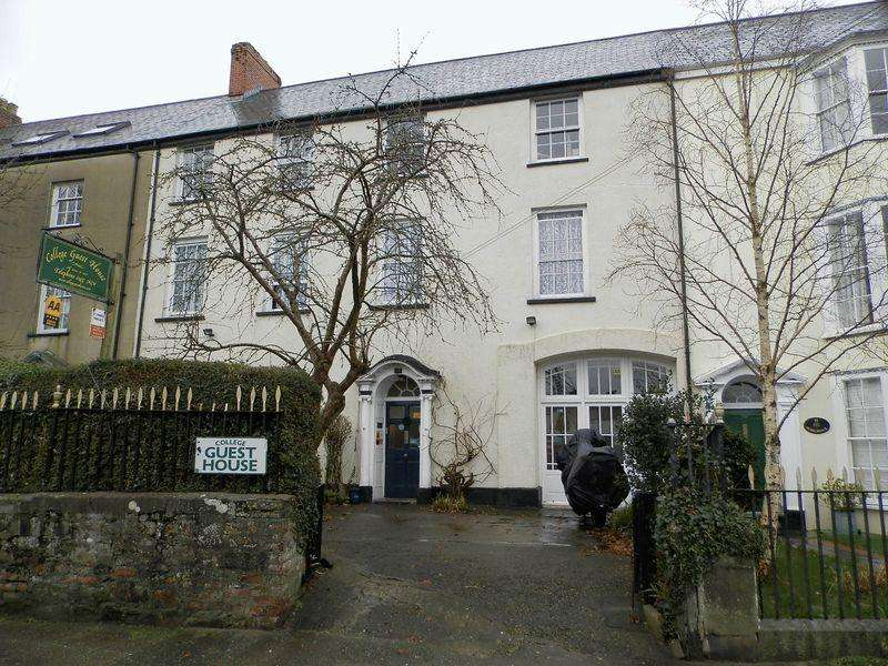 10 Bedrooms Guest House Commercial for sale in Hill Street, Haverfordwest