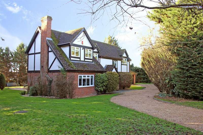 4 Bedrooms Detached House for sale in Thomson Walk, Calcot, Reading