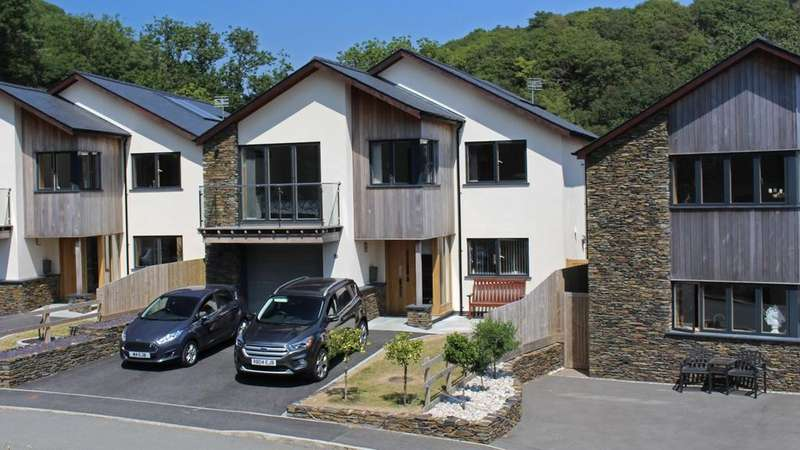 4 Bedrooms Detached House for sale in 14 Swn y Dail, Barmouth, Gwynedd
