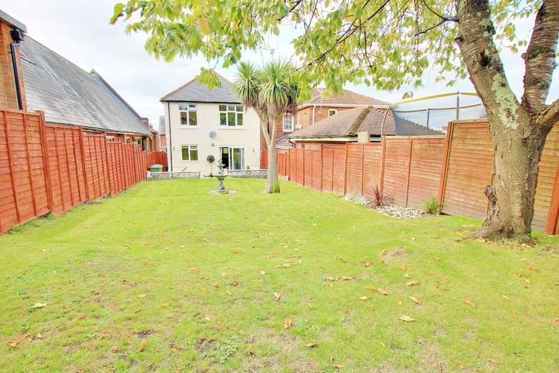 3 Bedrooms Detached House for sale in BITTERNE PARK! TWO RECEPTION ROOMS! 90FT GARDEN!