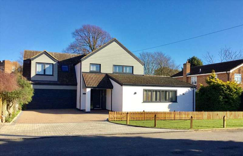 4 Bedrooms House for sale in Silvermere, Martello Lane, Old Felixstowe