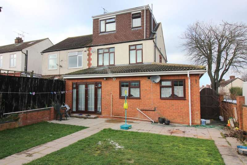 5 Bedrooms Semi Detached House for sale in Grantham Road, Luton, Bedfordshire, LU4 8JX