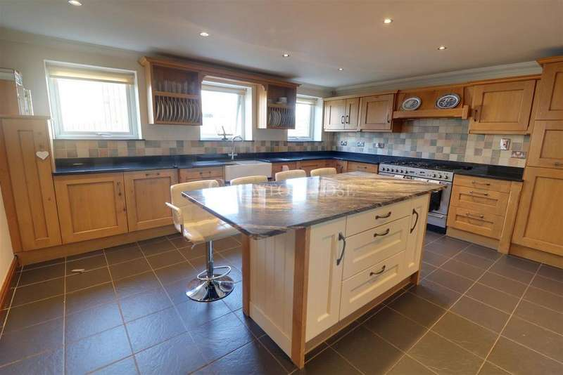5 Bedrooms Detached House for sale in Caerleon, Newport