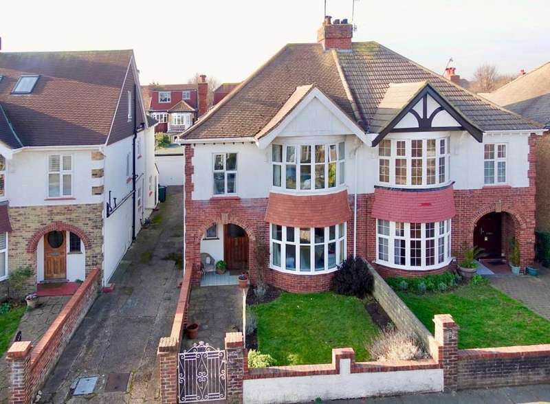 4 Bedrooms House for sale in Braemore Road, Hove