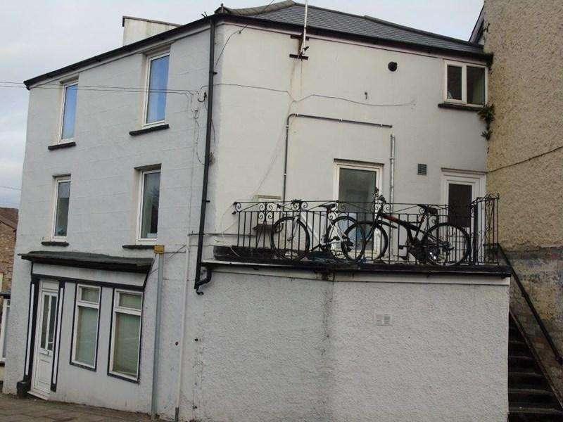 3 Bedrooms Maisonette Flat for sale in Moor Street, Chepstow