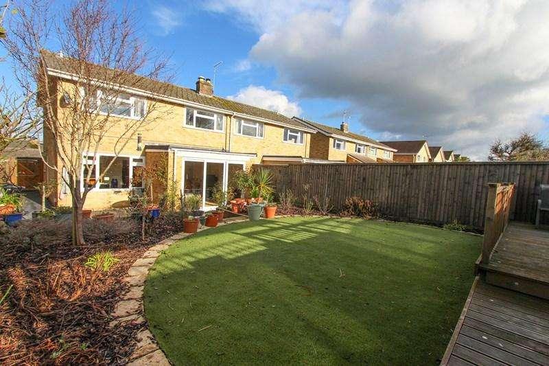 4 Bedrooms Semi Detached House for sale in Hurn Lane, Keynsham, Bristol