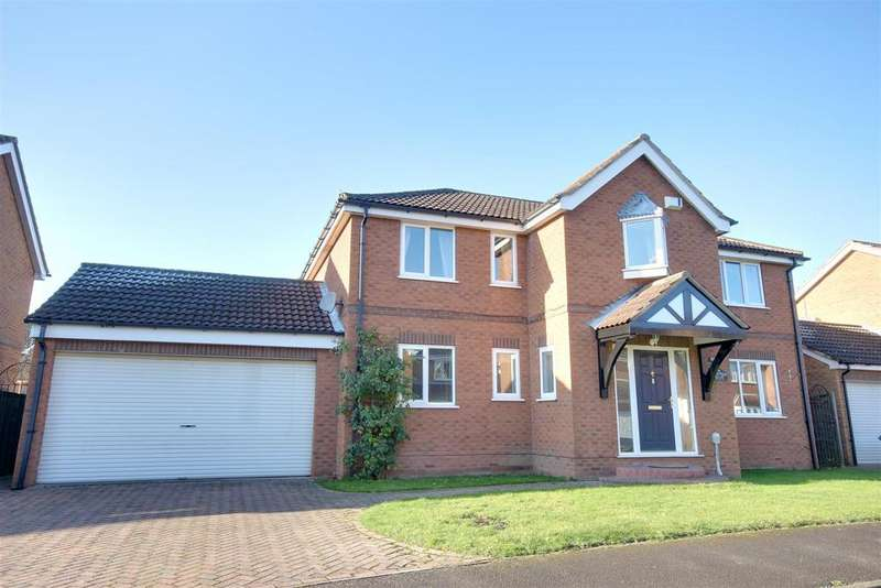 4 Bedrooms Detached House for sale in Crofters Drive, Cottingham