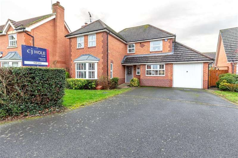 4 Bedrooms Detached House for sale in Teasel Way, Claines, Worcester, WR3