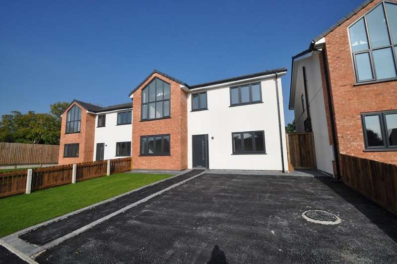 4 Bedrooms Detached House for sale in Downham Road North, Heswall