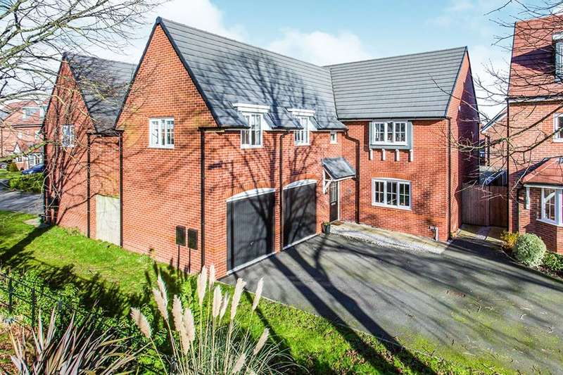 4 Bedrooms Detached House for sale in Stubbs Lane, Lostock Gralam, Northwich, CW9
