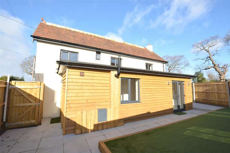 3 Bedrooms Detached House for sale in Everton Road, Hordle, Lymington, Hampshire, SO41