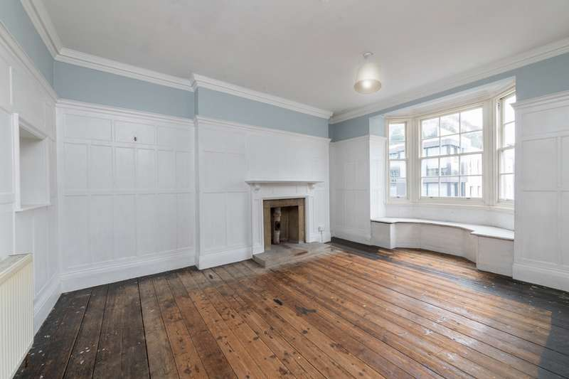 5 Bedrooms Flat for sale in Seaford Court, Great Portland Street, Fitzrovia, London, W1W