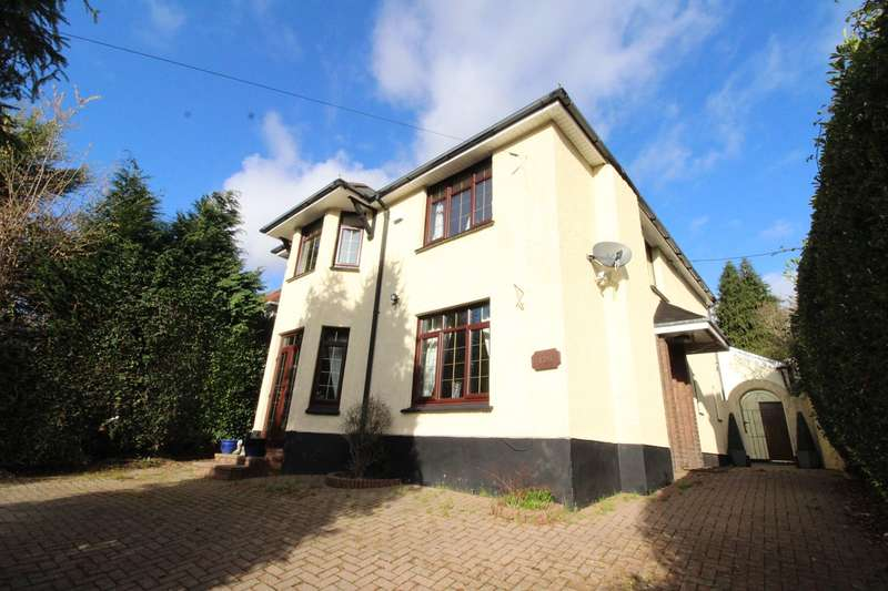 4 Bedrooms Detached House for sale in Cefn Road, Rogerstone, Newport, NP10