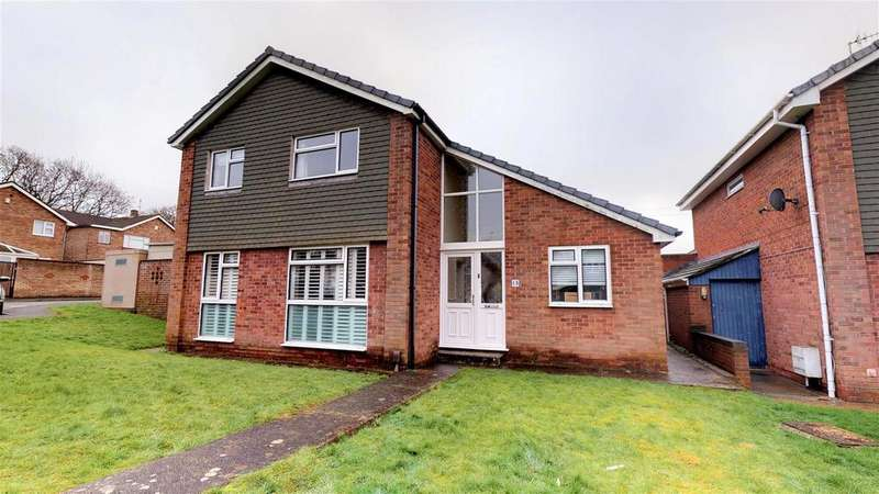 4 Bedrooms Detached House for sale in Kingscourt Close, Whitchurch
