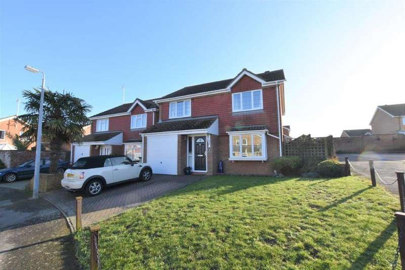 4 Bedrooms Detached House for sale in Chatsworth Park, Telscombe Cliffs, East Sussex