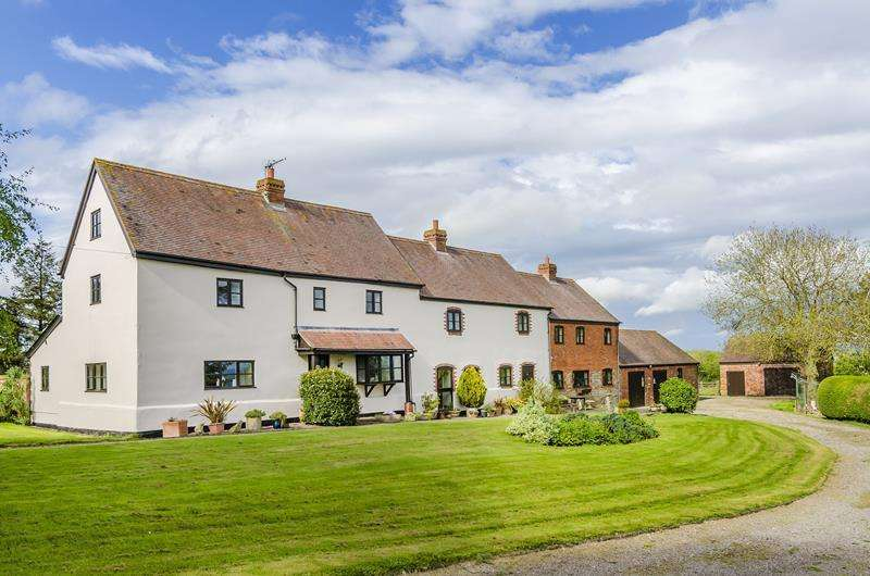 5 Bedrooms Detached House for sale in Bredenbury, Bromyard