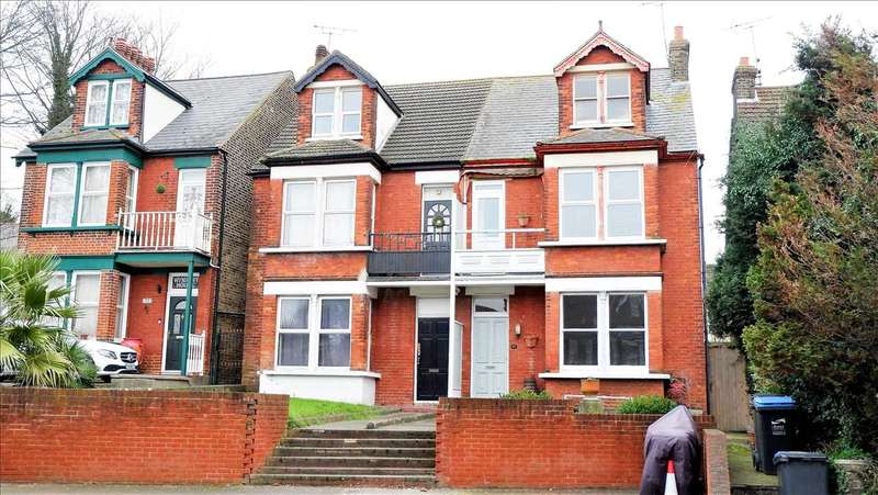 4 Bedrooms Semi Detached House for sale in Ramsgate Road, Margate