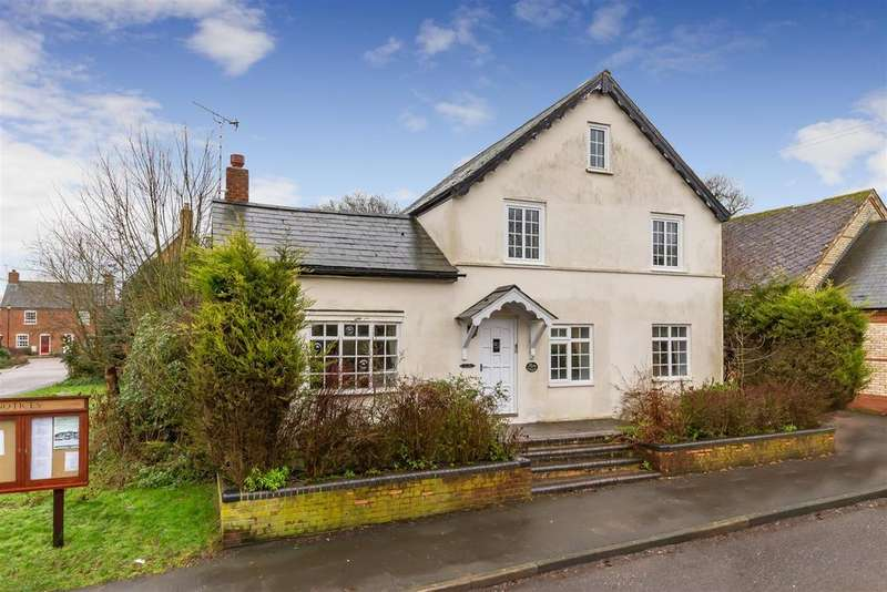 5 Bedrooms Detached House for sale in Maiden Street, Weston, Hitchin
