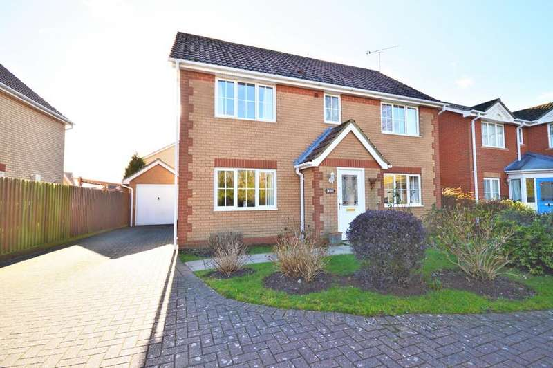 4 Bedrooms Detached House for sale in Military Way, Dovercourt, Harwich