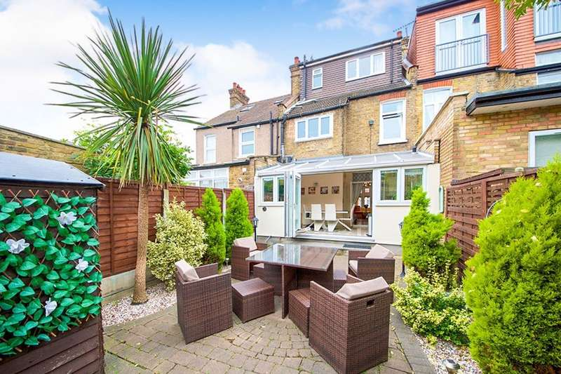 4 Bedrooms Property for sale in Lincoln Road, London, E13