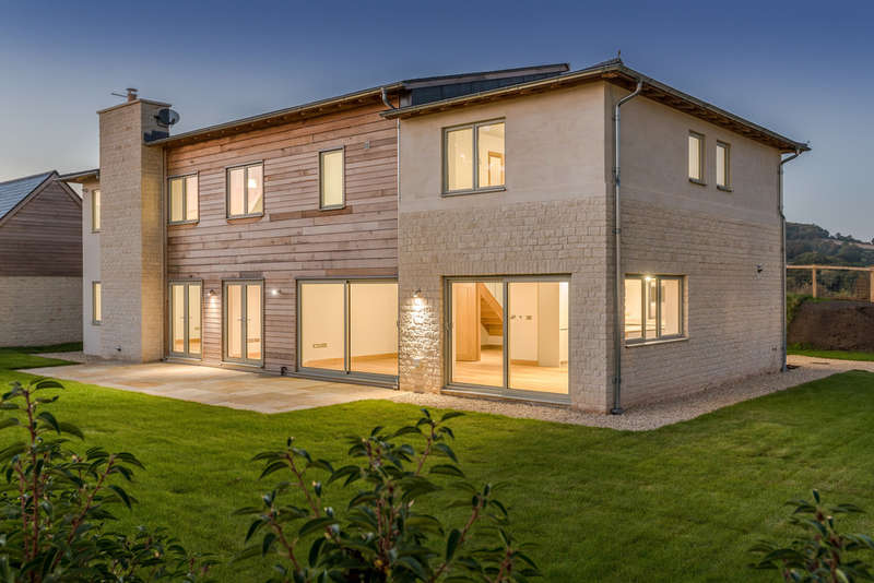 5 Bedrooms Detached House for sale in Tyning Road, Bathampton, Bath