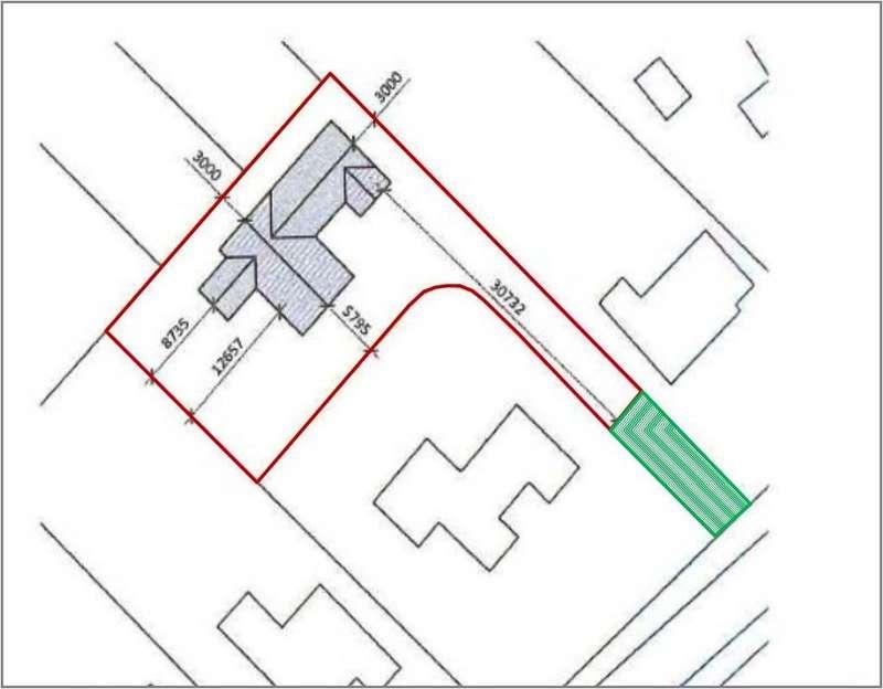 Land Commercial for sale in Building Plot - Moulton
