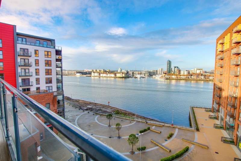 3 Bedrooms Apartment Flat for sale in Centenary Plaza, Woolston