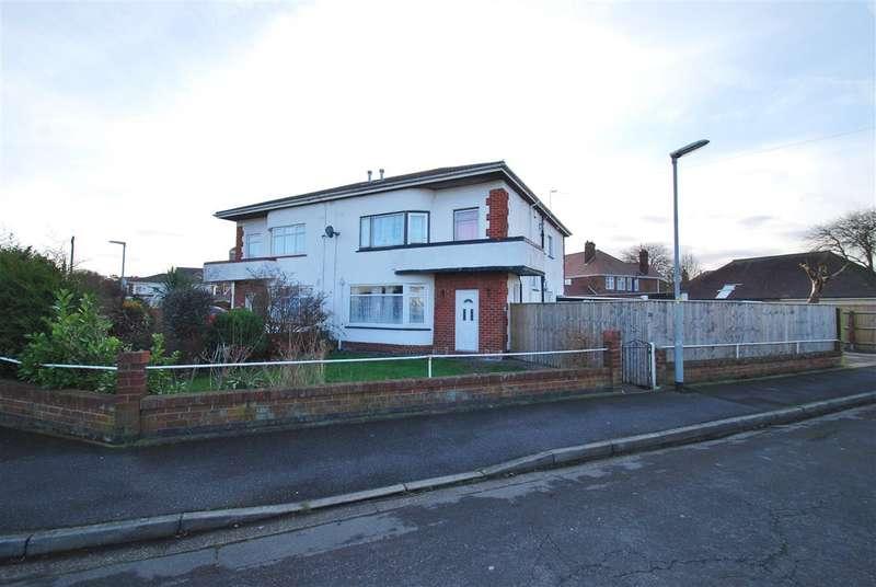 4 Bedrooms Semi Detached House for sale in Castleton Crescent, Skegness