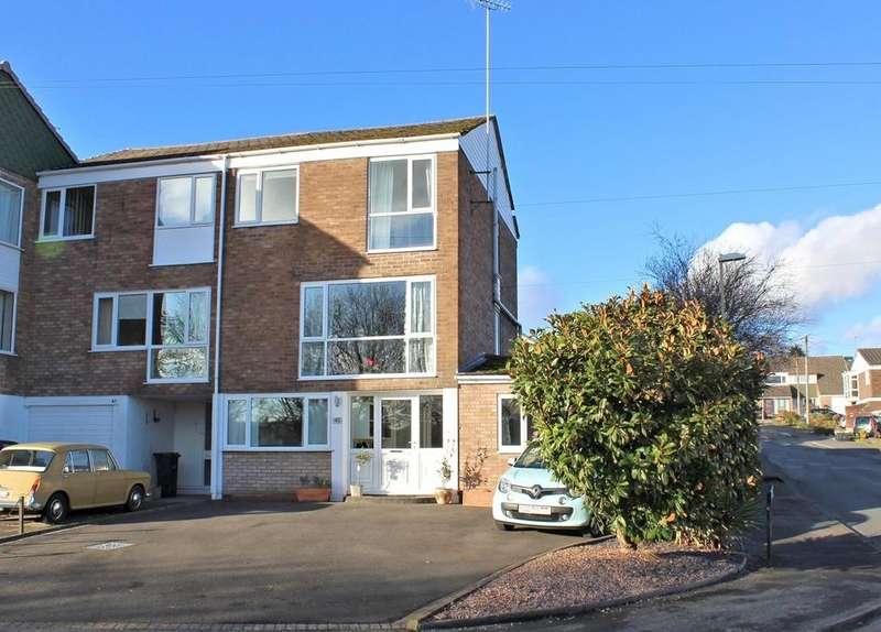 5 Bedrooms Town House for sale in Blakedown Road, Halesowen, B63