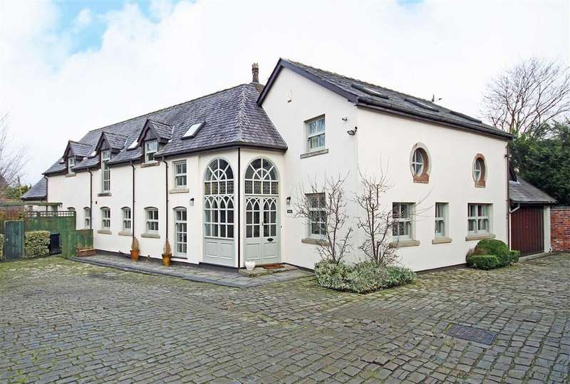 4 Bedrooms Detached House for sale in Gorsey Lane, Altrincham, Cheshire