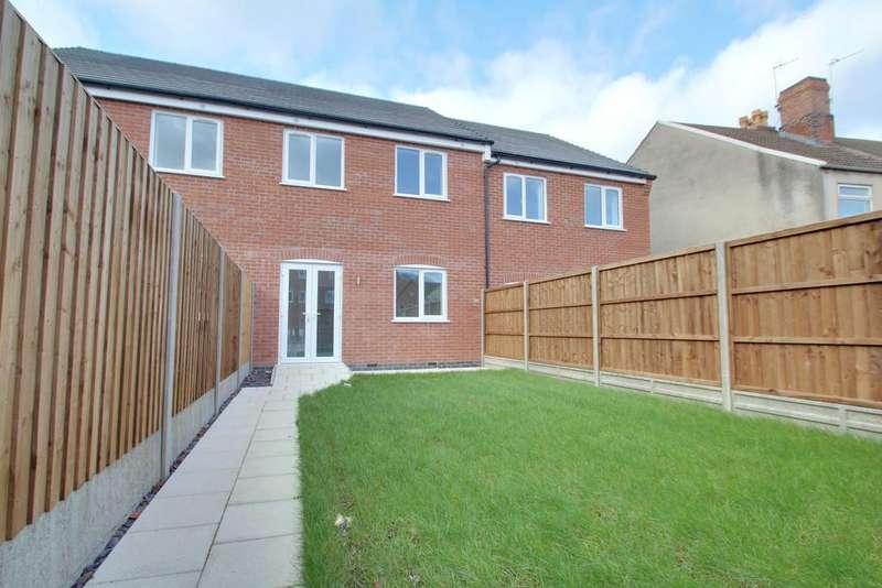 3 Bedrooms Town House for sale in Britannia Street, Shepshed