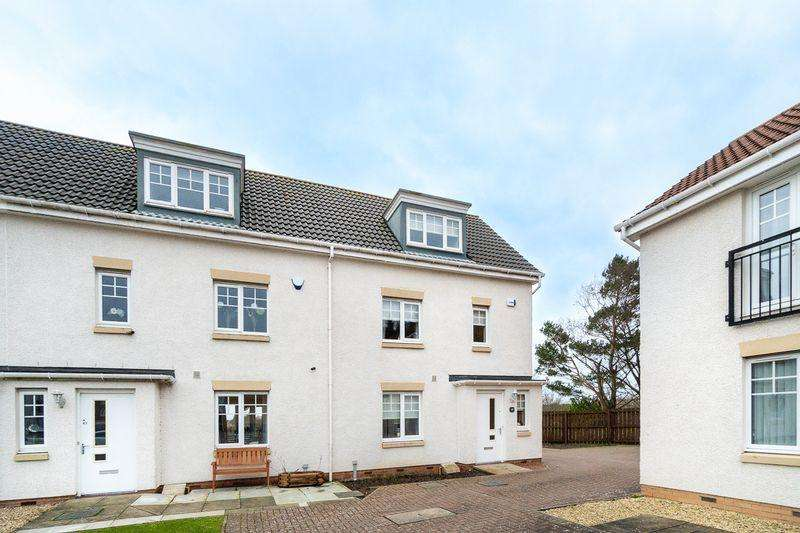 3 Bedrooms Town House for sale in 49 Auchenkist Place, Kilwinning KA13 7PS