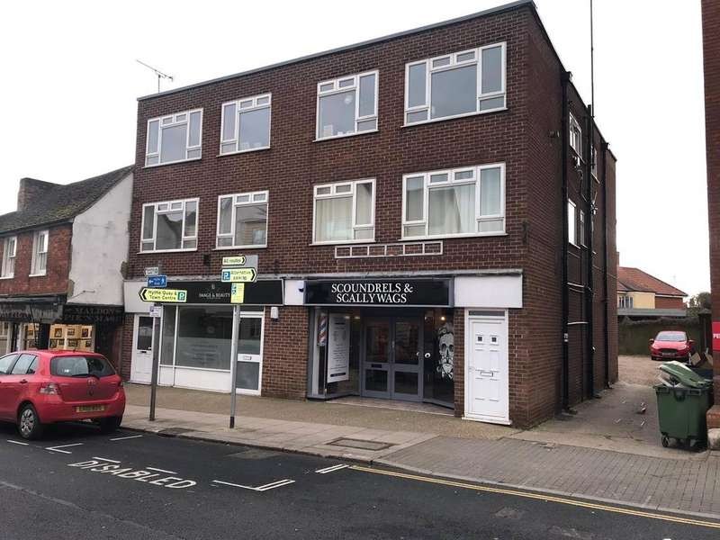 House for sale in High Street, Maldon, Essex, CM9