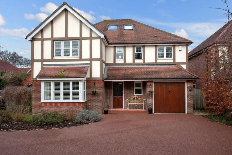 5 Bedrooms Detached House for sale in Flackwell Heath