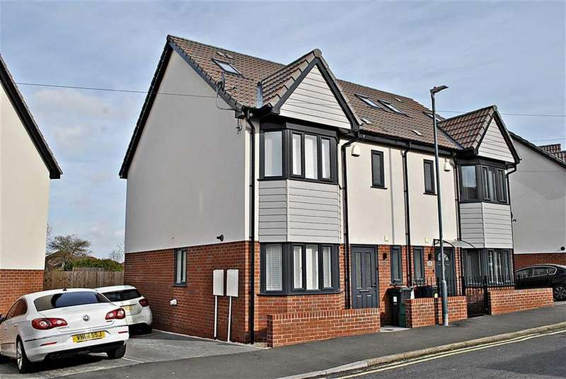 4 Bedrooms Semi Detached House for sale in Colston Street, Soundwell, Bristol