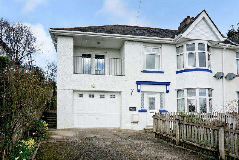 5 Bedrooms Semi Detached House for sale in You won't believe how much space this property has!
