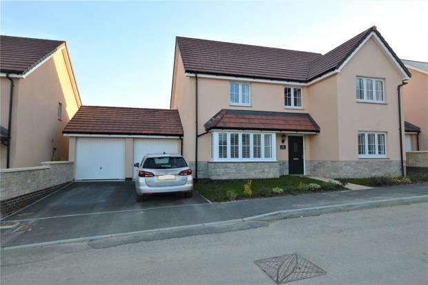 5 Bedrooms Detached House for sale in Baileys Meadow, Hayle, Cornwall