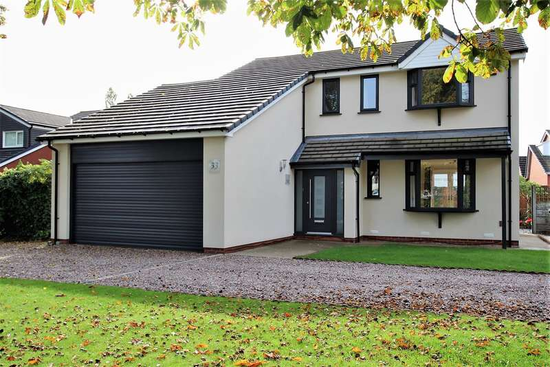 4 Bedrooms Detached House for sale in Church Lane, Farington Moss, Leyland
