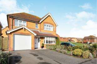 4 Bedrooms Detached House for sale in Court Farm Road, Newhaven, East Sussex, .
