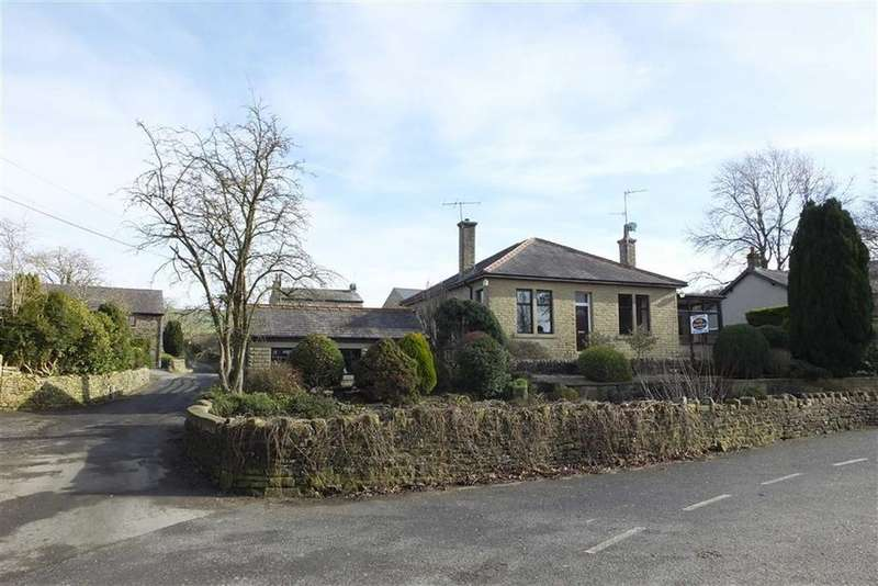 3 Bedrooms Detached Bungalow for sale in Dotcliffe Road, Kelbrook, Lancashire, BB18