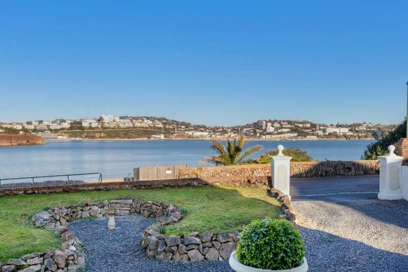 4 Bedrooms Detached House for sale in Cliff Road, Torquay, TQ2