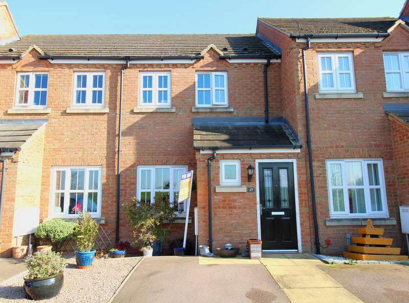 2 Bedrooms Terraced House for sale in Goldfinch Drive, Sandy SG19