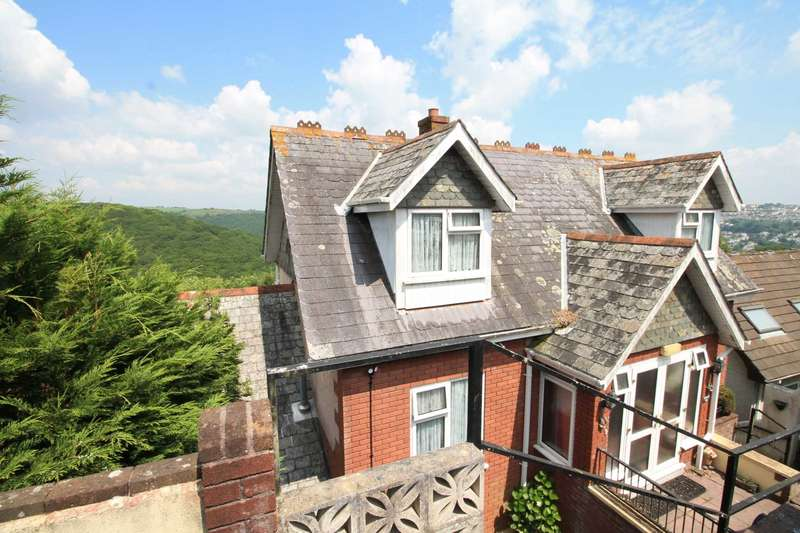 5 Bedrooms Detached House for sale in Goonwartha Road, West Looe