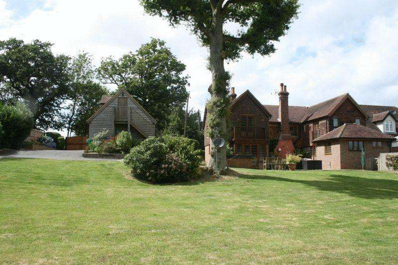 4 Bedrooms Equestrian Facility Character Property for sale in Colwood Lane, Haywards Heath