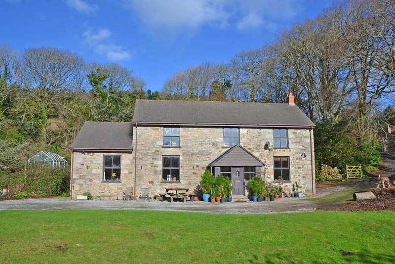 4 Bedrooms Detached House for sale in Roseworthy - Nr.Gwithian Beach, Cornwall