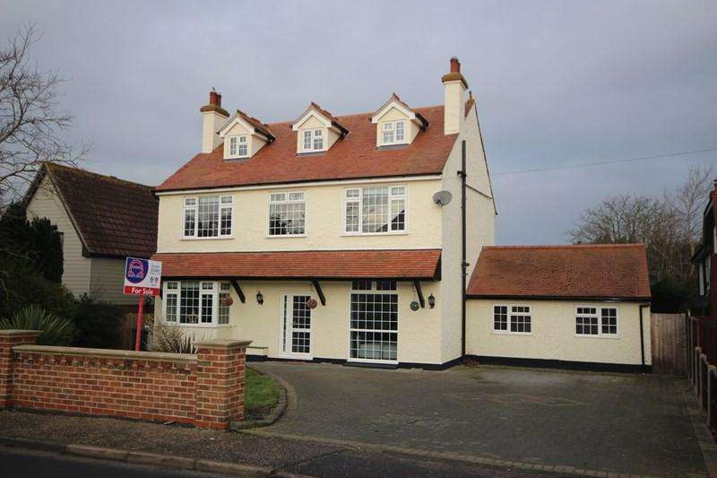 5 Bedrooms Detached House for sale in St. Osyth Road East, Little Clacton, Clacton-On-Sea