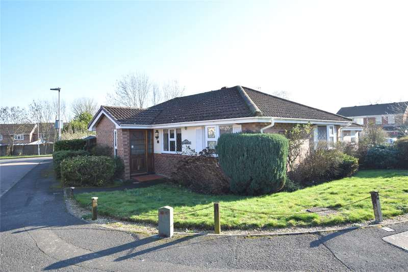 3 Bedrooms Bungalow for sale in Hombrook Drive, Bracknell, Berkshire, RG42