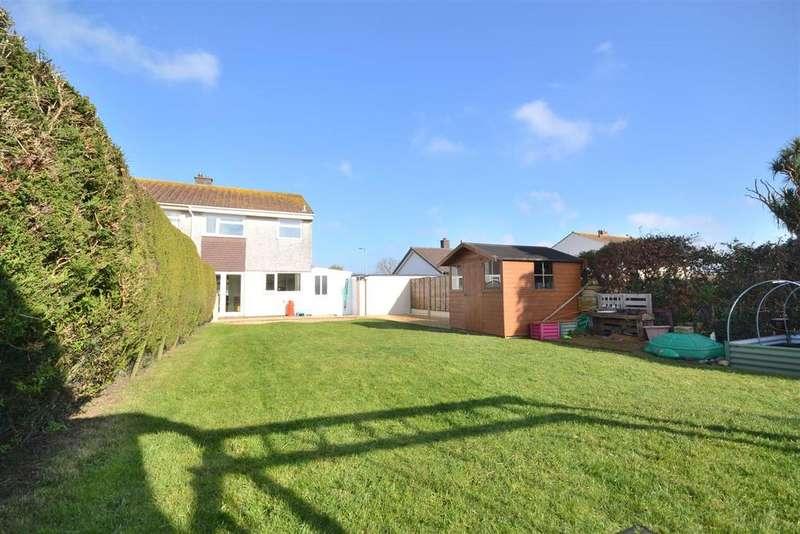 3 Bedrooms Semi Detached House for sale in Manor Way, Helston