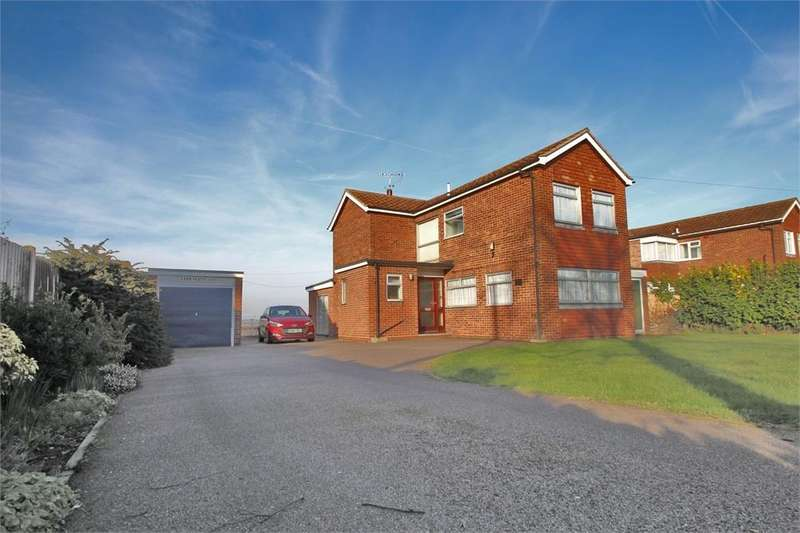 3 Bedrooms Detached House for sale in Kirby Road, WALTON ON THE NAZE